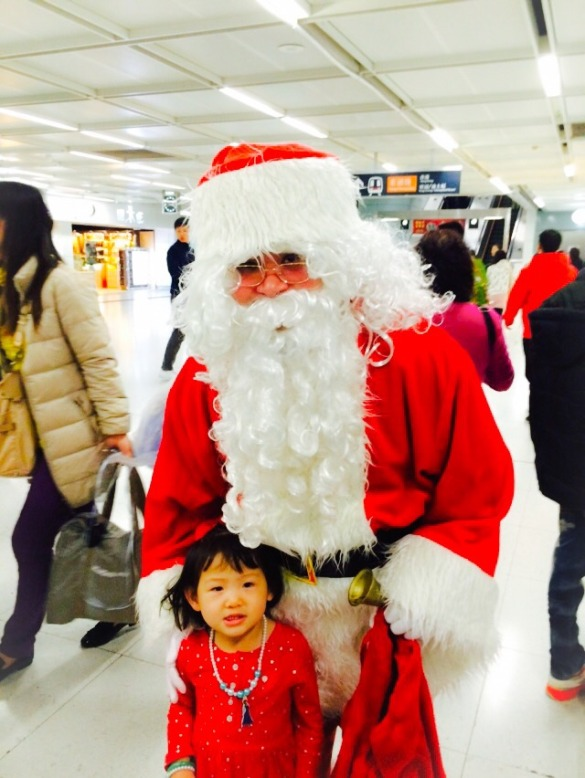 Roxy with Santa in the MTR